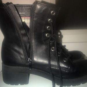 black boots cute for winter time